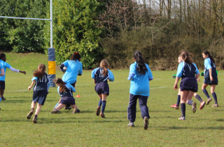 girlsrugby1