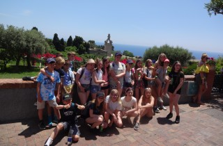 Students in Capri's gardens